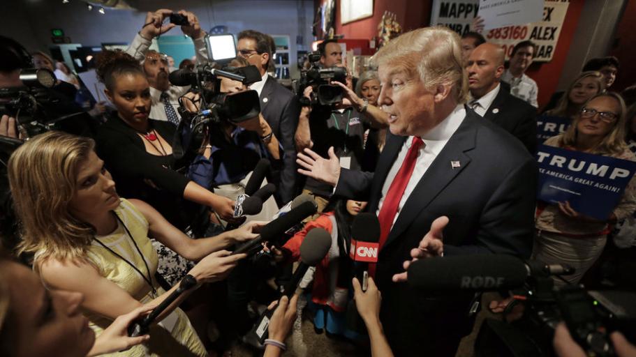 Картинки по запросу trump press conference journalists