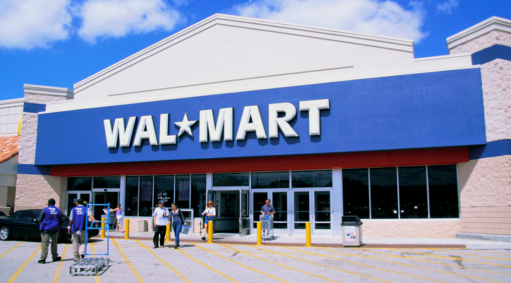 Walmart's turbulent day includes increase in salary and shutting down the stores