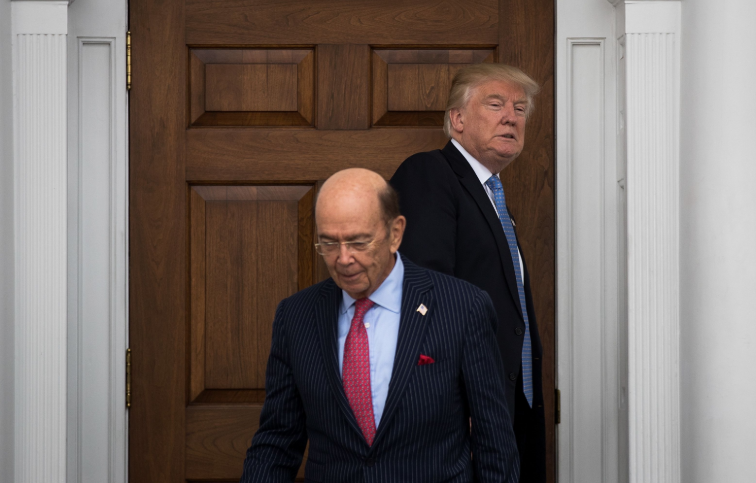 Trump weighs ousting Commerce Secretary Ross