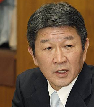 When asked about the fall in Japanese stock prices Motegi responds that the economy has sound fundamentals